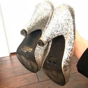 Qupid Shoes - Silver glitter heels